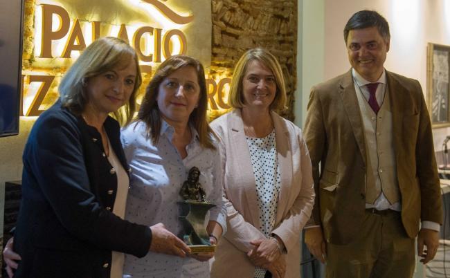El Museo Hernández Quero fue el escenario de la entrega de este galardón, que desde el Partido Popular se ha instaurado   para reconocer a  colectivos y personas que trabajen por la igualdad en el municipio.