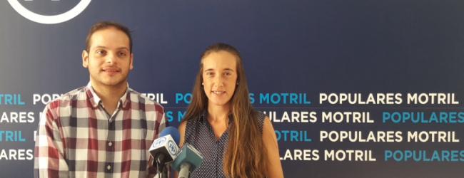 Los jóvenes populares piden que en las próximas convocatorias de escuelas taller de la Junta de Andalucía se apueste también por el turismo, solicitando para Motril una Escuela Taller de promoción turística local e información al visitante.