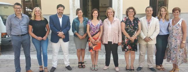 La vicepresidenta de los 'populares' motrileños ha recibido esta mañana a la diputada del Grupo Popular Andaluz por Granada, Ana Vanessa García Jiménez, a quien ha expuesto las necesidades y prioridades de la ciudad