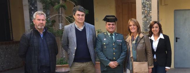 Rojas ha destacado la labor que realiza la Guardia Civil en la costa y su implicación en garantizar la seguridad de los ciudadanos.